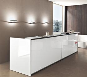 Arredamento reception milano for Arredamento reception estetica